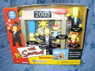 2003 The Simpsons NEW YEARS EVE PLAYSET HOMER BART MARGE SPRINGFIELD