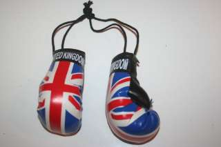 UNITED KINGDOM FLAG PAIR MINIATURE BOXING GLOVES NEW