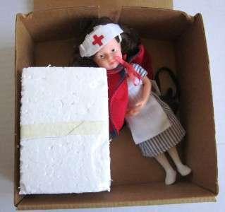 AMERICAN GIRL DOLL MOLLY CHRISTMAS BOX SNOWGLOBE NURSE
