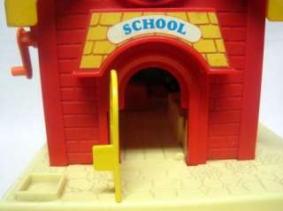 Vintage Fisher Price Little People School House 1988