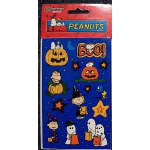 Peanuts Gang Snoopy Halloween Spooky Night Stickers   2