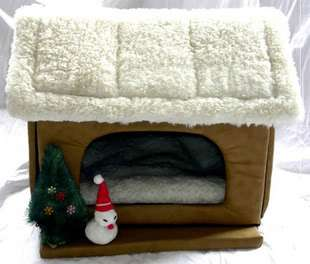 Pet/Dog/Cat Christmas house Bed Small brown 47*36*45cm