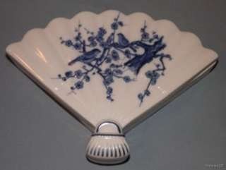 Large Porcelain Blue & White Bird Floral Decor Fan Shape Trinket Box