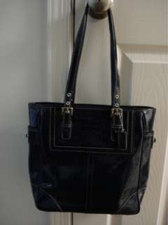 Coach Navy Patent Leather Lunch Tote Purse |