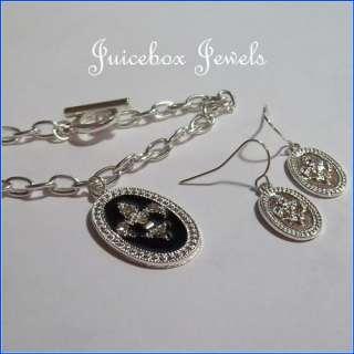 Fleur de lis Charm Bracelet/Earring Set Silvertone(M35)
