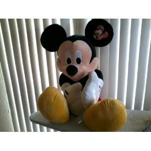 48 Disney Mickey Mouse Plush: Toys & Games
