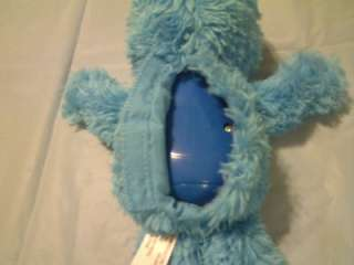 This FISHER PRICE SESAME STREET COOKIE MONSTER TALKING PLUSH is in