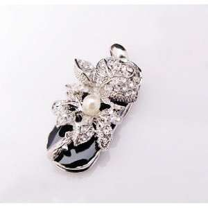 Cute Silver Colored Crystal Flower Strap Style USB flash