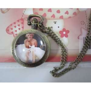 Hand time Jewel Marilyn Monroe Pocket Watch Necklace