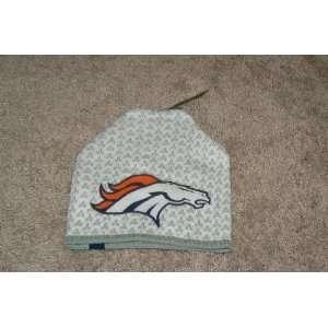 Reebok Denver Broncos Authentic Sideline White Vapor Knit Beanie Hat