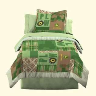 John Deere Bedding Boys Quilt and Sham Set, Full/Queen Size at