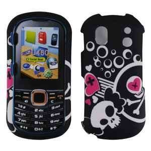 Black with Pink White Skull Heart Design Rubberized Snap on Hard Skin