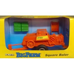 Big Farm 1:32nd Scale Die Cast Metal Square Baler: Toys