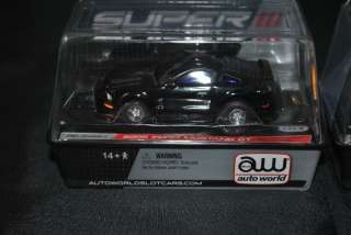 Auto World 1970 Ford Boss Mustang & 2005 Ford Mustang GT Super 3