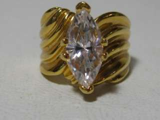 Lovely womens fashion ring, Size 8.25 marked 18KHGE (gold plated