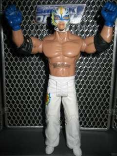 WWE REY MYSTERIO wrestling figure TORN MASK Classic Superstars wcw