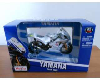 Modellino moto yamaha no. 46 team 2009 a Novate Milanese