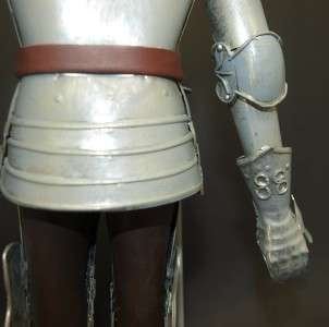 Display Suit of European Armour on Stand   Medieval