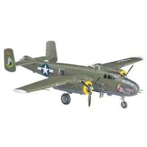 Hasegawa   1/72 B 25J Mitchell (Plastic Model Airplane) Toys & Games