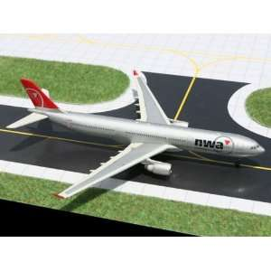 Gemini Jets Northwest Airlines A 330 300 Model Airplane