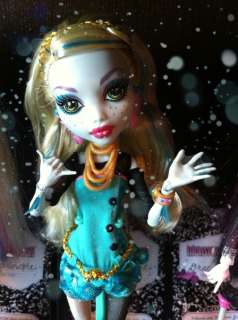 Monster High LAGOONA BLUE Doll and Neptuna Pet Piranha ~ Daughter of