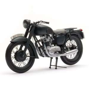 The Great Escape Triumph TR6 650 Trophy Motorcycle: Toys & Games